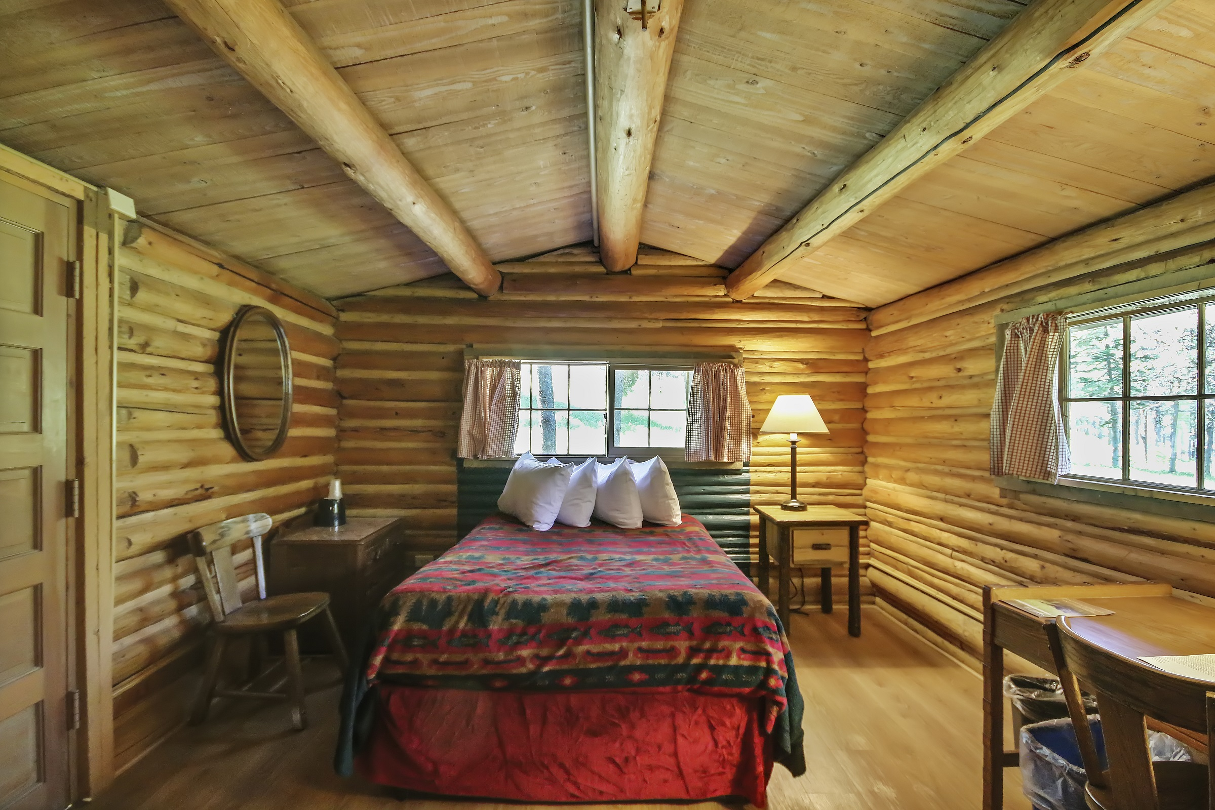 Colter bay village for Single room log cabin